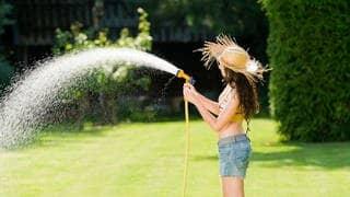 Wasser sparen (Foto: dpa Bildfunk, Picture Alliance)