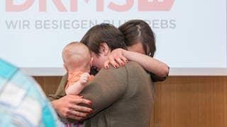 Eva Fidler und ihre Lebensretterin Justin (Foto: DKMS, Peter Jammernegg)