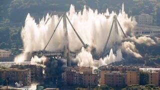 Letzte Überreste der Morandi-Brücke in Genua gesprengt (Foto: picture alliance/Antonio Calanni/AP/dpa)