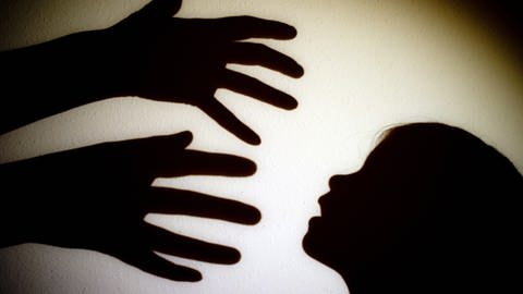 Symbolbild sexueller Kindesmissbrauch (Foto: dpa Bildfunk, (c) dpa)