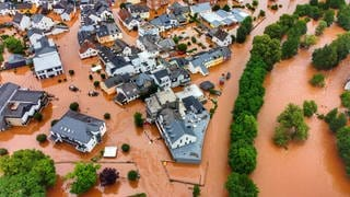 Hochwasser in RLP und NRW (Foto: dpa Bildfunk, picture alliance/dpa | Sebastian Schmitt)