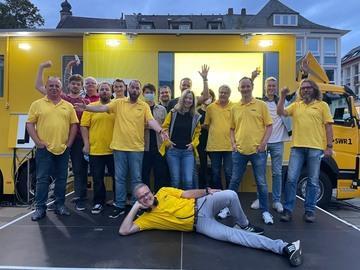 Das SWR1 Team - getestet und geimpft - sagt tschüss und wir freuen uns auf die Hitparade 2022!