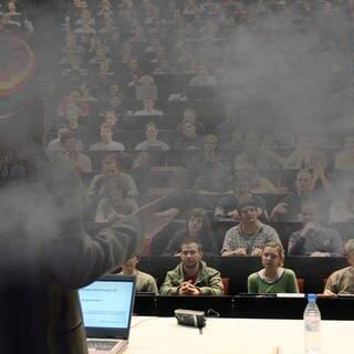 Cannabis-Studium (Foto: SWR3)