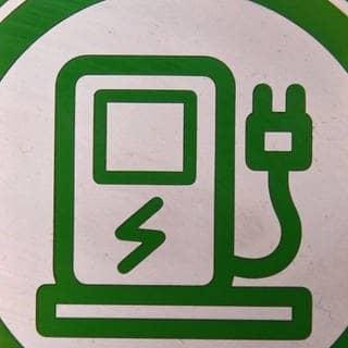 Was bringt der geplante Steuervorteil für Elektro-Dienstwagen? (Foto: SWR)