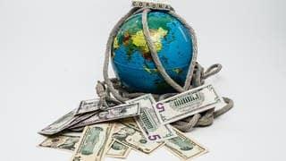 Rettungsring für 750 Milliarden Euro (Foto: picture-alliance / Reportdienste, picture alliance  Fotostand)