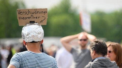 Verschwörungstheorien (Foto: picture-alliance / Reportdienste, Picture Alliance)