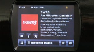 Display Digitalradio mit Internet-Radio-Funktion (Foto: SWR3, Sandra Tiersch)